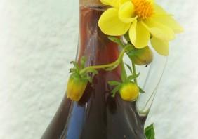 Trandafirata - Rose Liquer