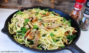 spaghete cu ciuperci si usturoi1