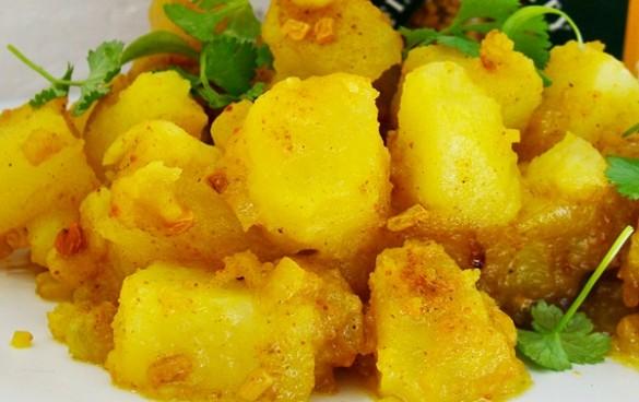 cartofi indieni cu schinduf