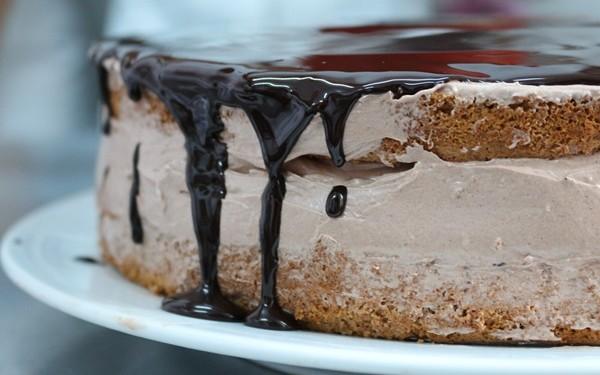 Glazura De Ciocolata Pentru Prajituri Fursecuri Si Torturi