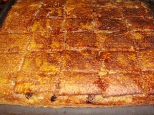 prajitura rasturnata cu mere si frisca2