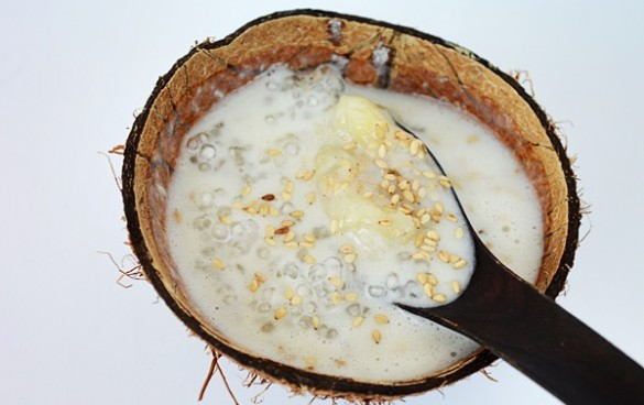 supa vietnameza cu banane, cocos si tapioca