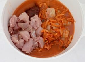 Supa de kimchi cu porc si tofu1