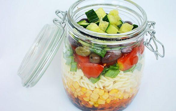 Salata To Go cu paste