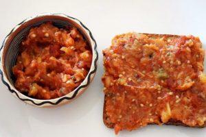 salata de vinete cu ardei kapia