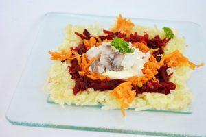 Salata de ciuperci reteta de aperitiv gata in cateva minute